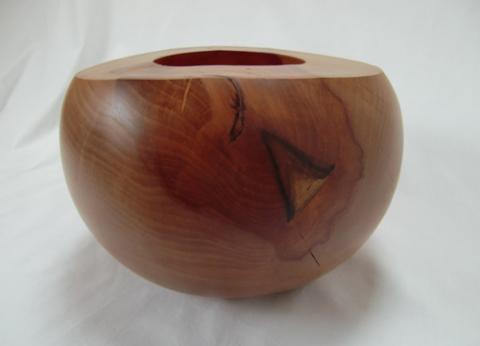Objekt aus Birnenholz