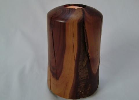 Svečnik iz češpljevine